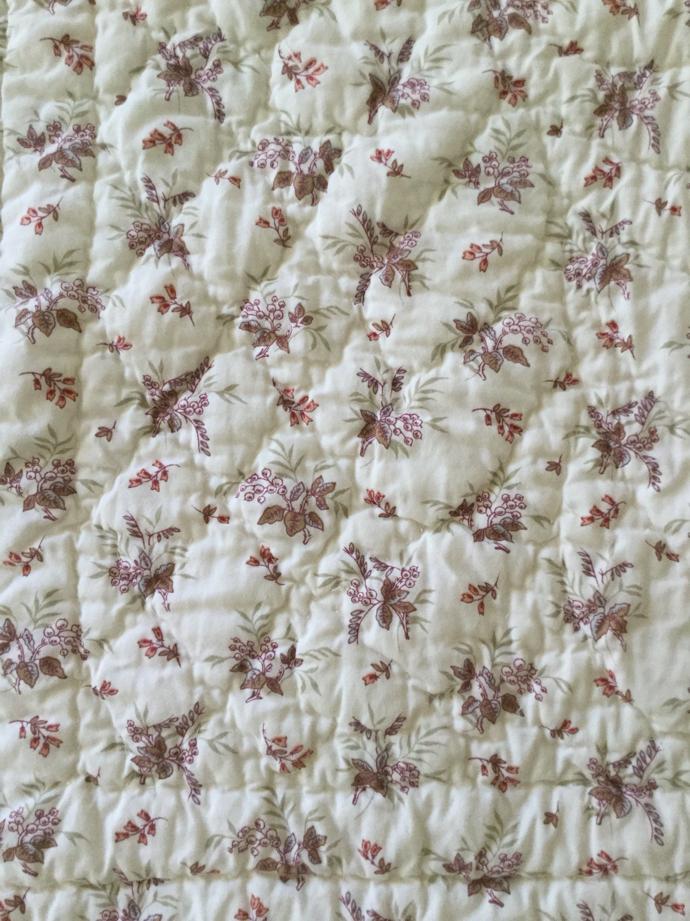 Floral French Country Cottage Romantic Vintage Style Handmade Throw Size Quilt