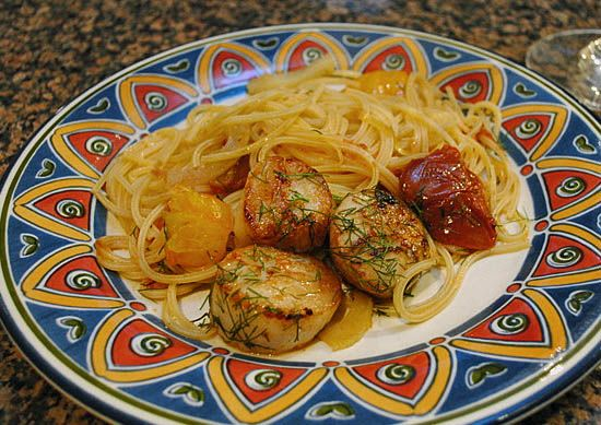 Pasta with Scallops in Heirloom Tomatoes and Fennel Sauce