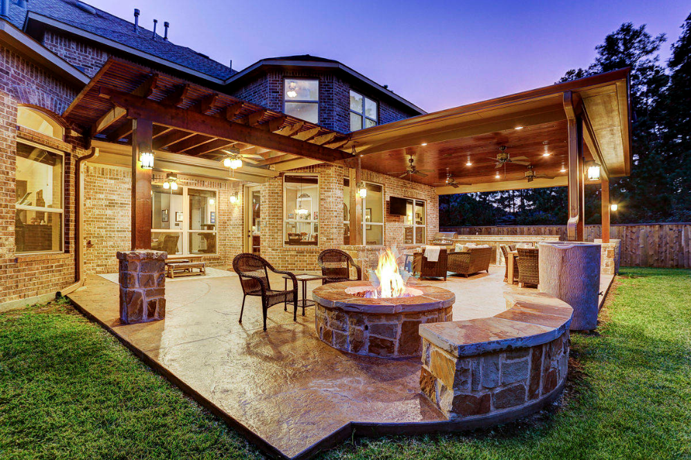 Outdoor Living Space In The Woodlands In 2020 Outdoor Patio Designs Backyard Patio Designs Outdoor Patio Decor