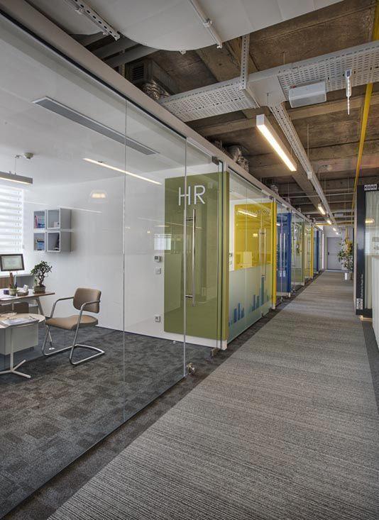 Kone office by udesign architecture interior interiorglassdoorslowes also lichtgrijs omhoog en tekenbedrijf new pinterest rh