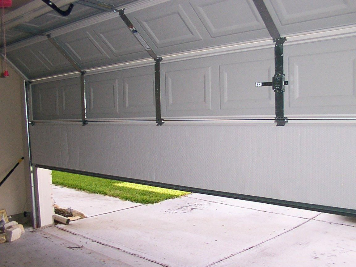 Have A Look At This Hip Photo What An Inventive Design And Style Garagedoorscurbappeal In 2020 Garage Doors Garage Door Design Garage Door Springs