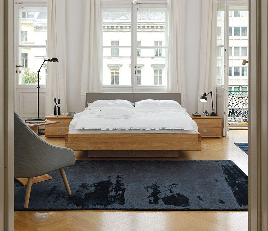 Leather Bed Oak Beds Und: MINIMALIST BEDROOM