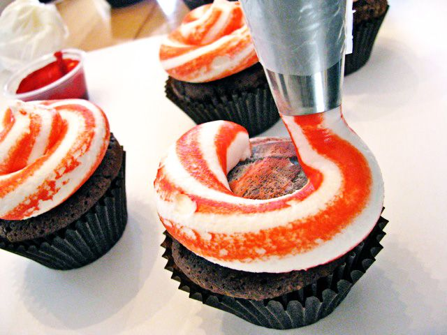 How to do this technique~Peppermint Swirl Icing