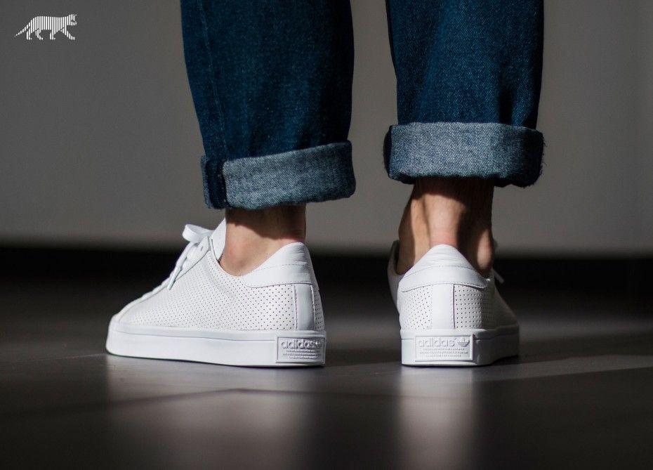 adidas Court Vantage (Ftwr White / Ftwr White / Core Black)