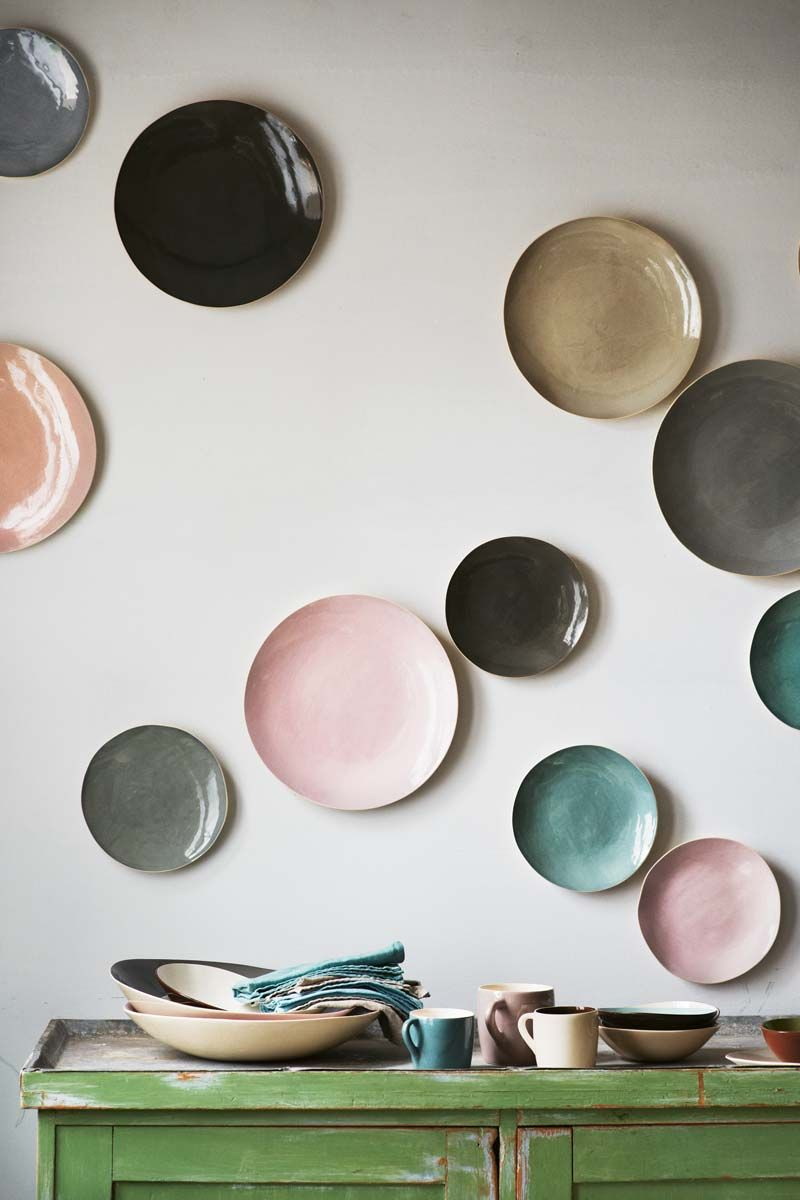Large Decorative Plates For Wall 25 Fabulous Wall Plates Ideas  Walls Plate Wall And Pastels