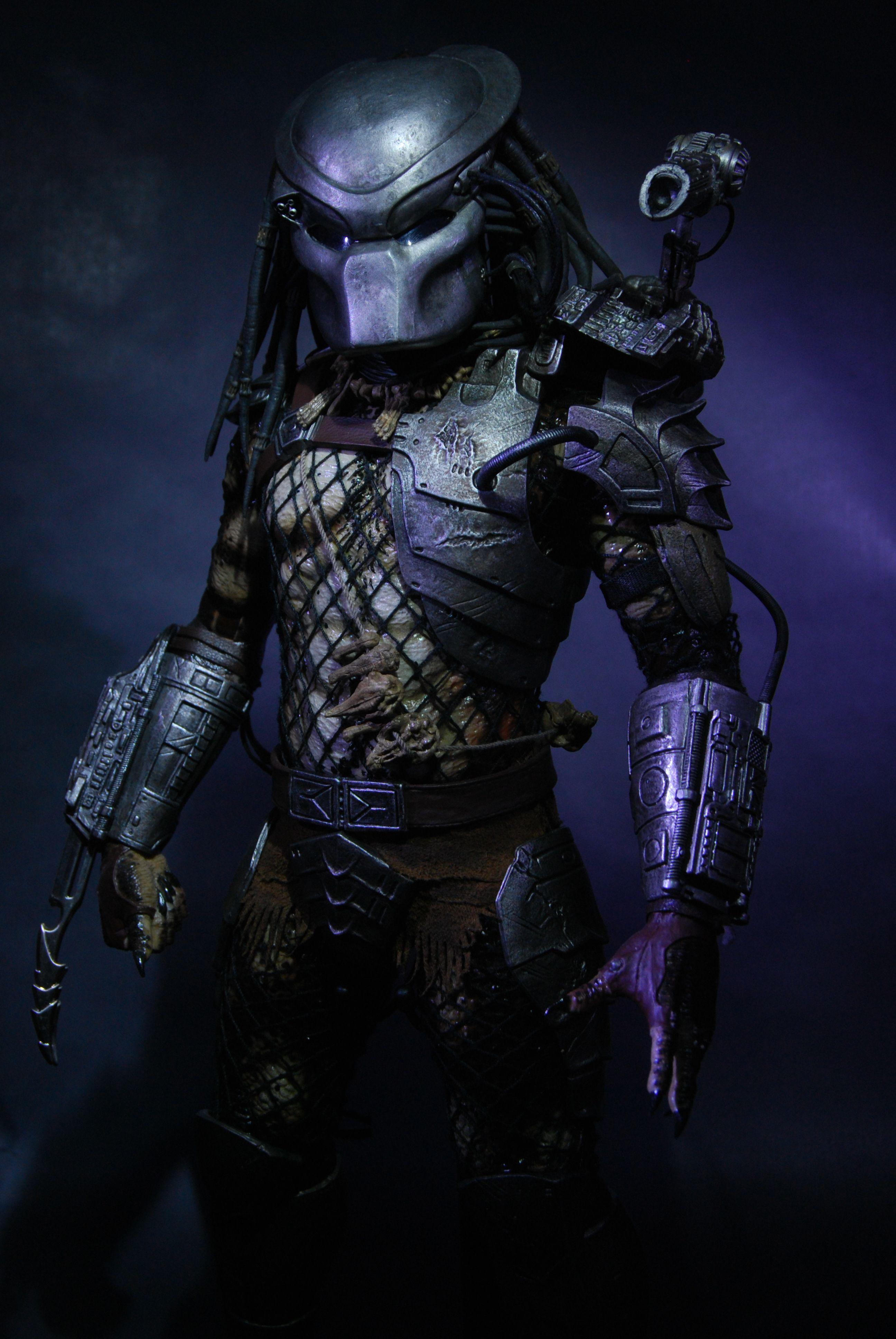 Classic Predator Mask Wallpaper 1 2592x3872