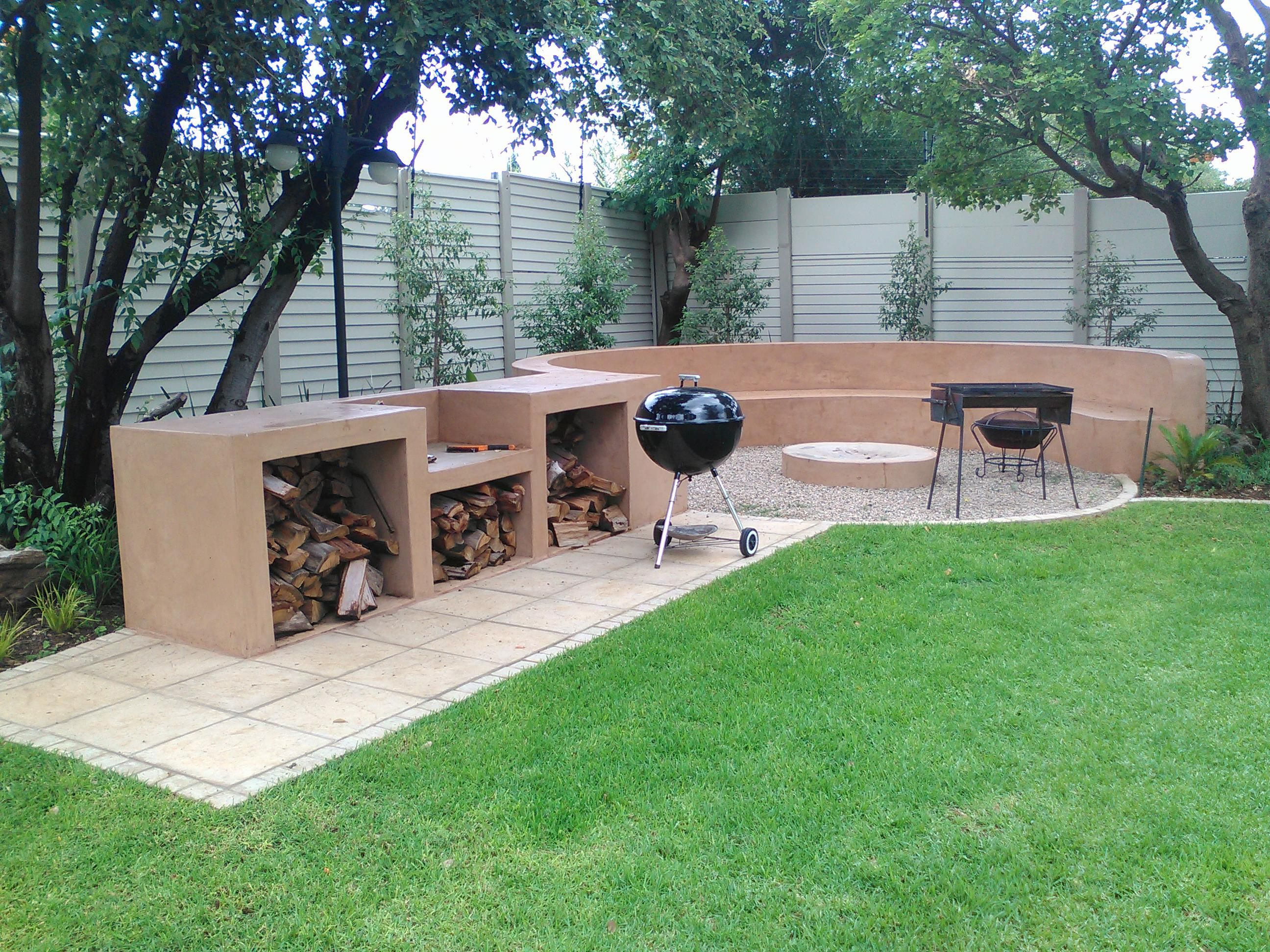 Fire Pits And Entertainment Areas Fire Pit Backyard Outdoor Fire Pit Backyard Diy backyard entertaining area