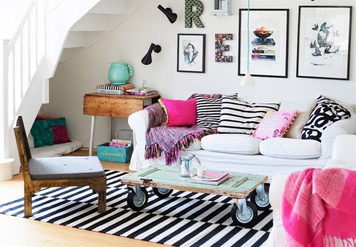 Great ideas for the living room  www.53countesses.blogspot.com