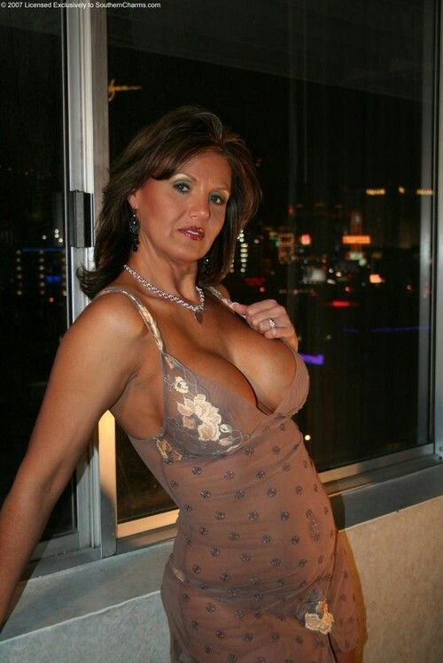 middle amana milf women Daily updated free hottest busty women: she gets the young boys in the neighborhood to stop by for a lesson in sex education with a filthy milf i fuck big tits.