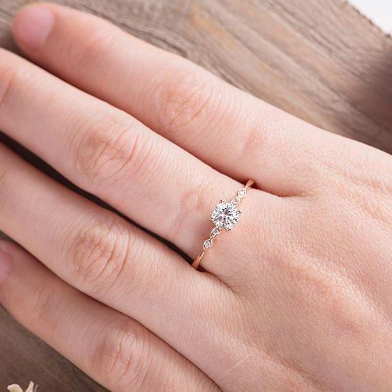Moissanite Anillo de compromiso Solitario de oro rosa Marquesa Diamante Anillo de novia Dainty Promise Ring Mujeres Regalo de aniversario de bodas para ella