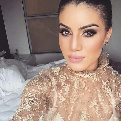 Simply elegant make up CamilaCoelho