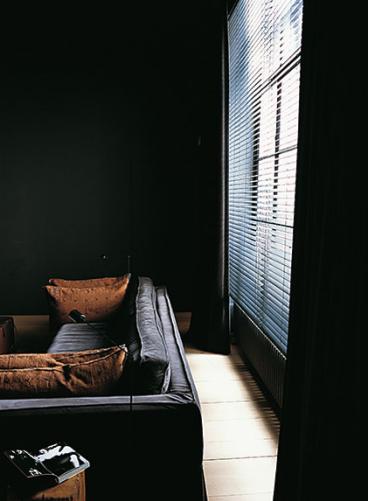 Vincent Van Dyssen s (With images) | Modern furniture living room ...