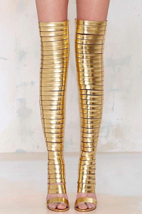 Inspirational - golden gladiator legs  #inspiration #fashion #shoes #gladiator #sandals