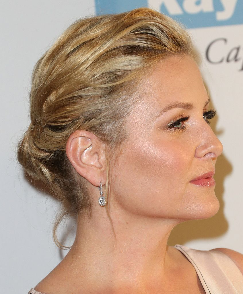 jessica capshaw biography