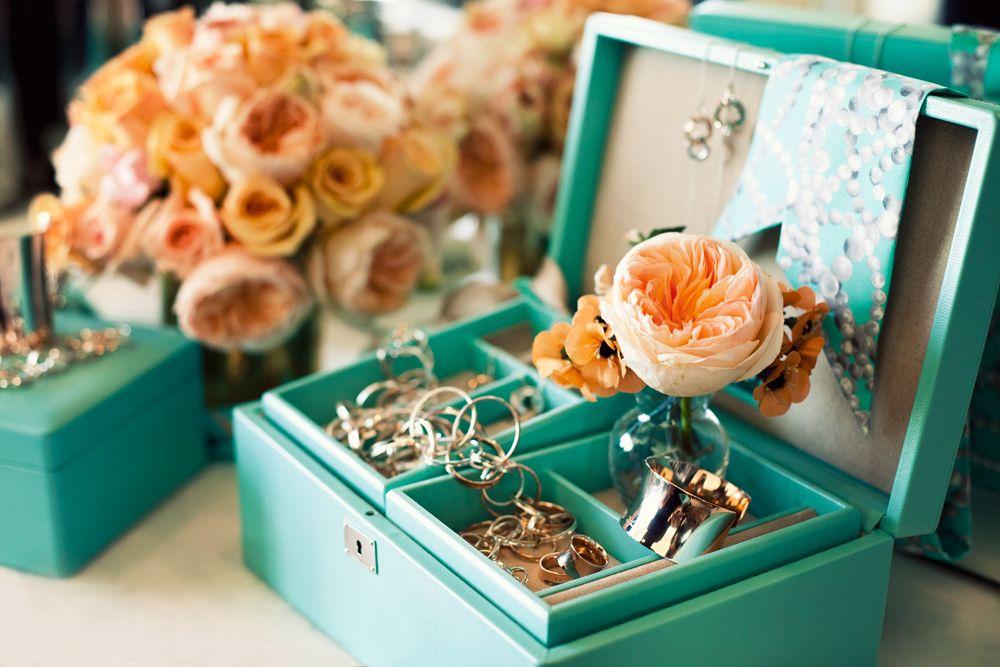 tiffany blue jewelry boxes | vanity. | Pinterest | Tiffany ...