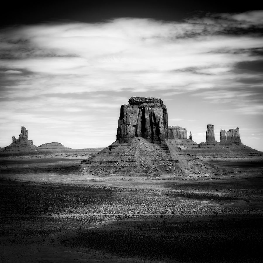 Light on Monument Valley by PUGET Kevin, via 500px