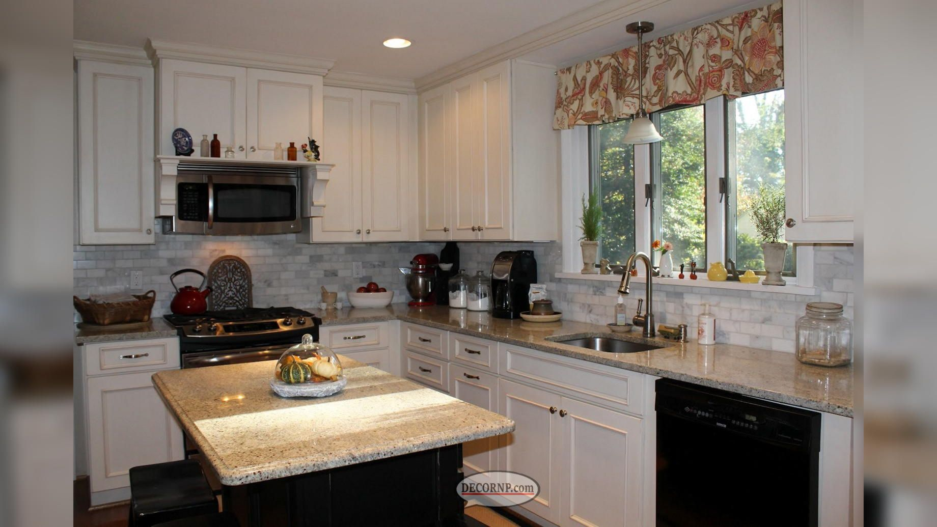 Replace Kitchen Cabinet Doors Or Reface Them | DecorNP ...