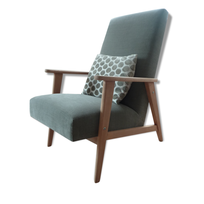 fauteuil vert de gris ligne scandinave vendu par le petit crapaud wannehain maison a. Black Bedroom Furniture Sets. Home Design Ideas