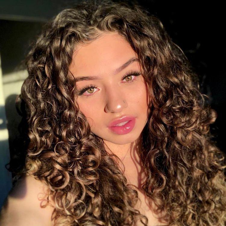Lashes In 2020 Hair Styles Curls For Long Hair Medium Length Curly Hair
