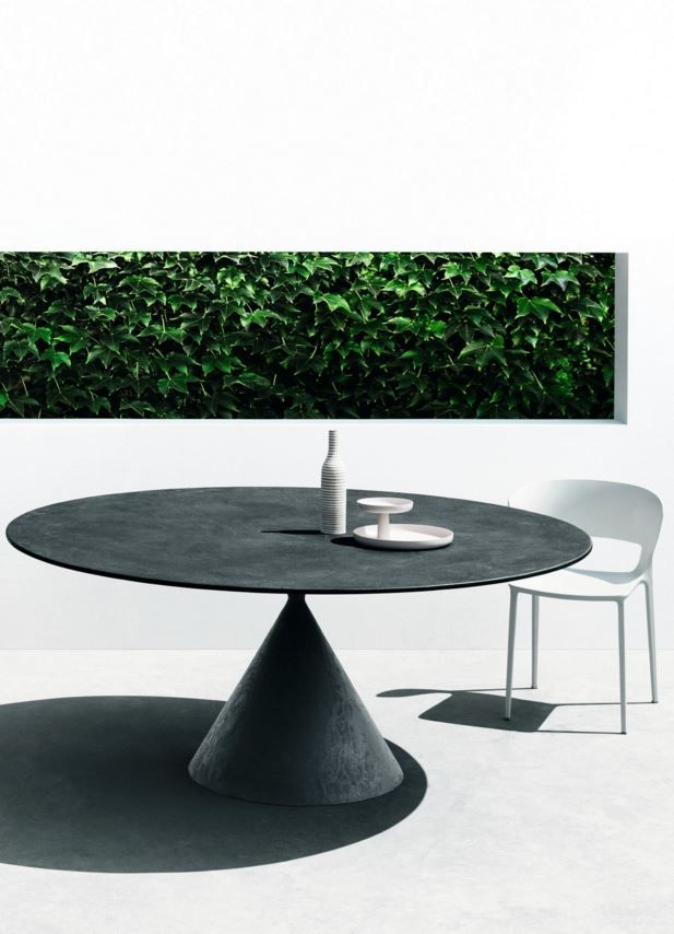 Round Stone Table Clay By Desalto Round Outdoor Table Elegant