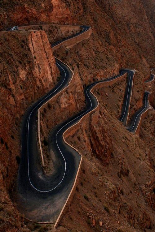 #schwerunterwegs von Marrakesch nach Ouarzazate über den Atlas.