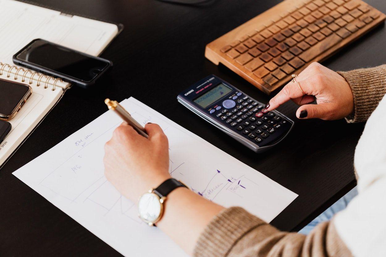 Macam Macam Profesi Akuntan Dan Manfaat Akuntan Bagi Perusahaan Sistem Akuntansi Laporan Keuangan Profesi