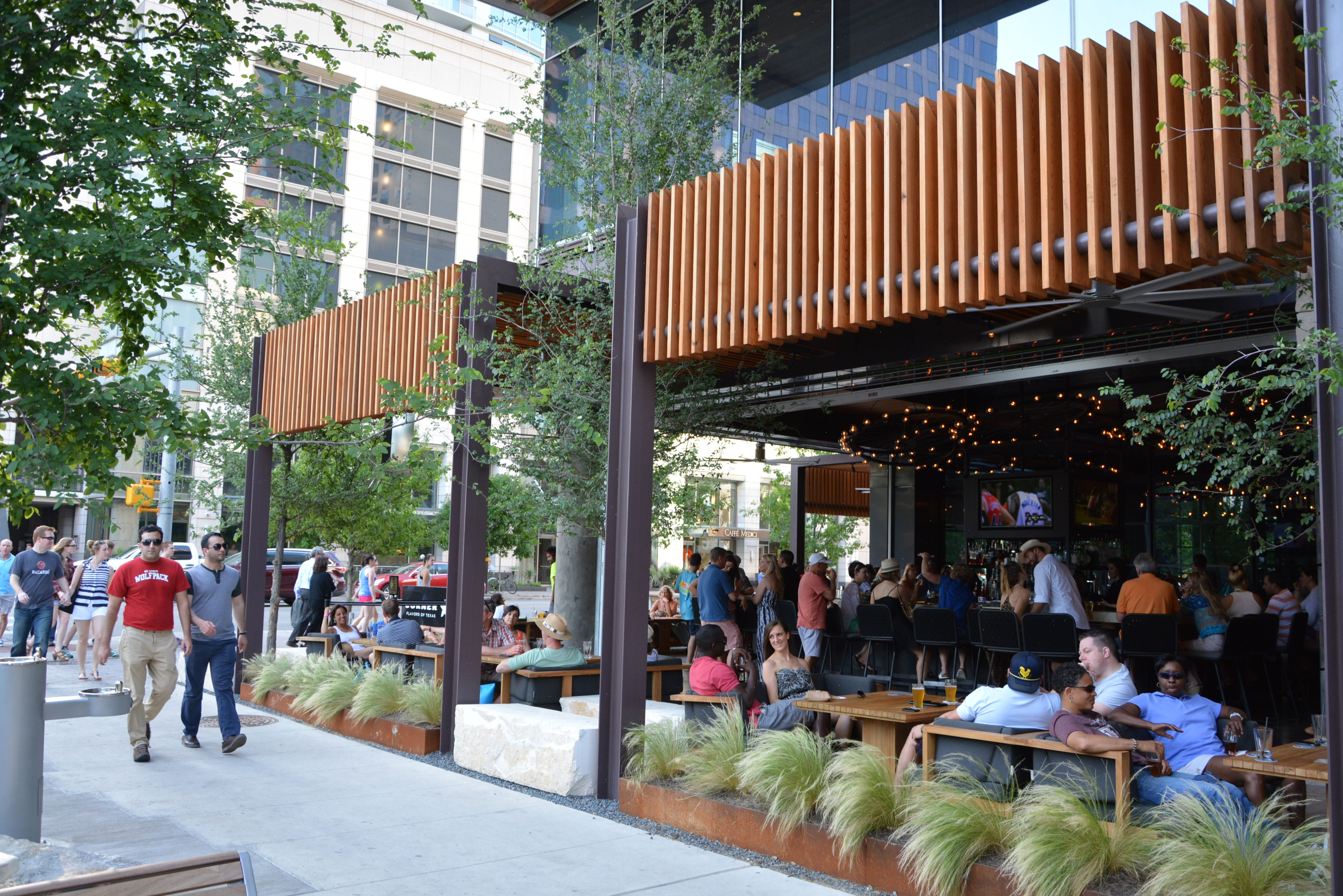 The Corner Bar At Jw Marriott Austin Tx Restaurant Exterior