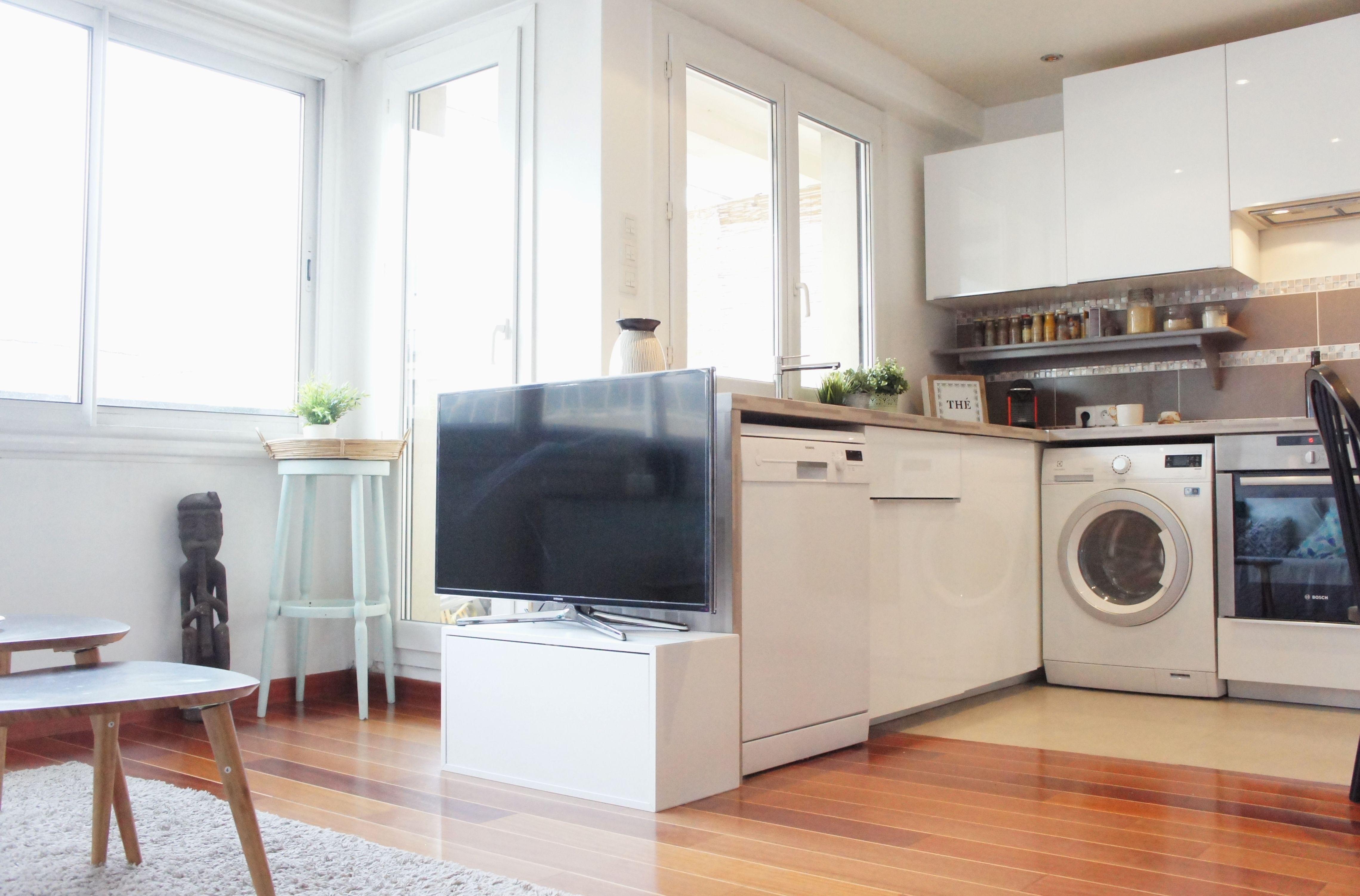 Cuisine ouverte dans appartement à Orsay, réaménagée par ADC l'Atelier d'à côté