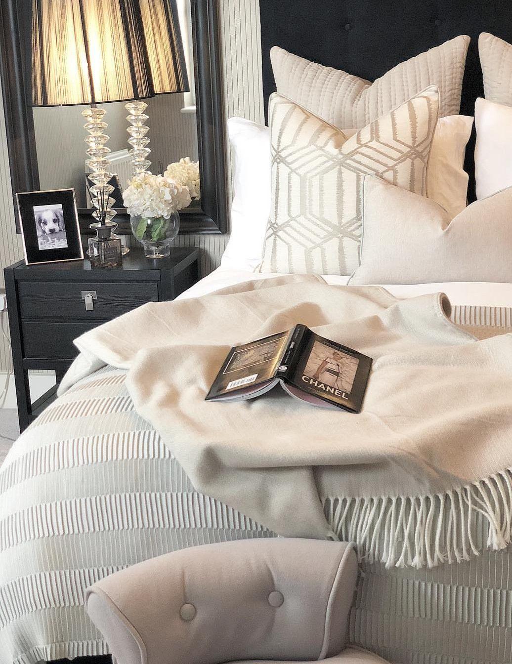 Pin By On Quarto Home Bedroom Elegant Home Decor Elegant Bedroom