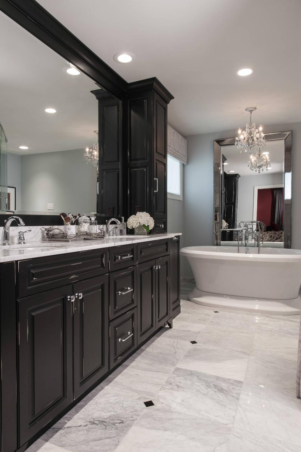 Mary S Master Bath Traditional Bathroom St Louis By Rsi Kitchen Bath In 2020 Black Bathroom Bathrooms Remodel Trendy Bathroom