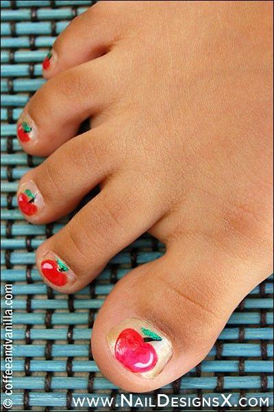 toe apple nail design nails