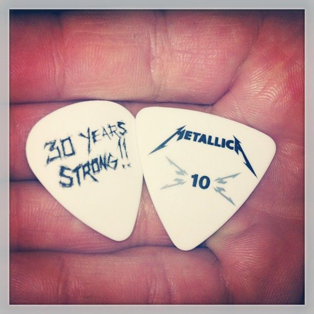 I'd like to thank my sharp reflexes for these two awesome souvenirs!  #metallica #awesomeshow #backtobackandisurvived