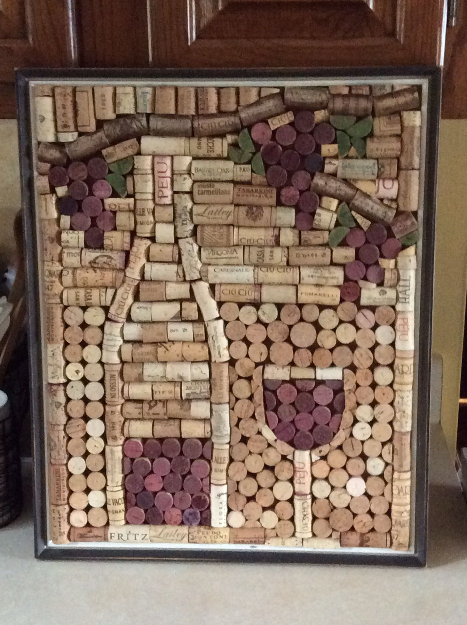 These diy decoration ideas using wine cork are enough to for Cork craft