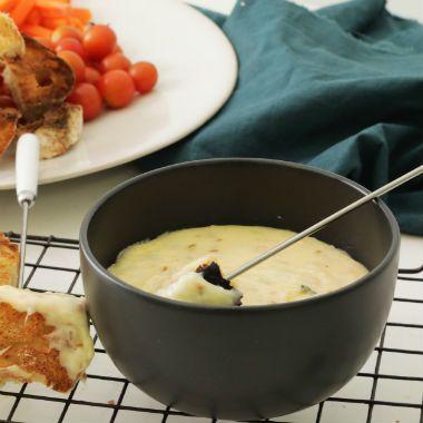 Smokey+cheese+fondue+