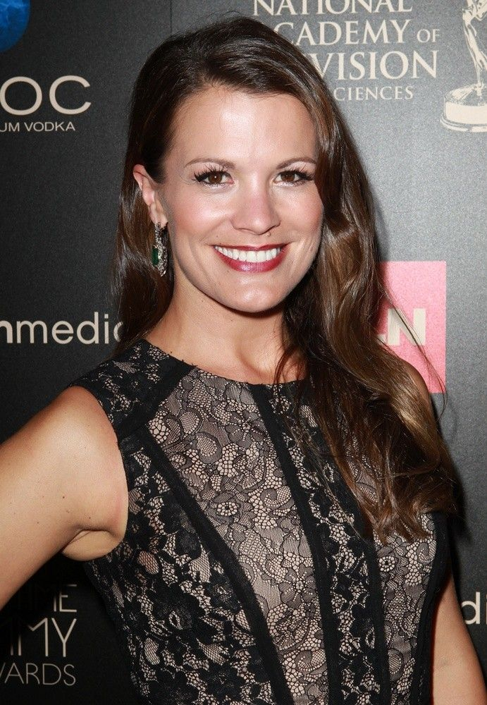 Melissa Claire Egan | Golden age of hollywood, Fashion ...
