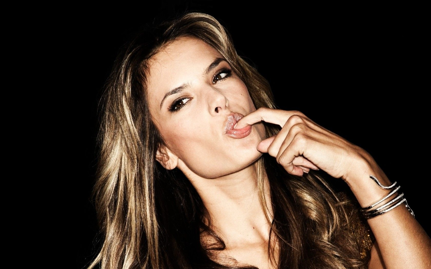 Alessandra Ambrosio HD Wallpapers 26