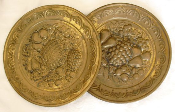 Vintage Brass Wall Plates Decorative Wall Hangings 2 Vintage ...