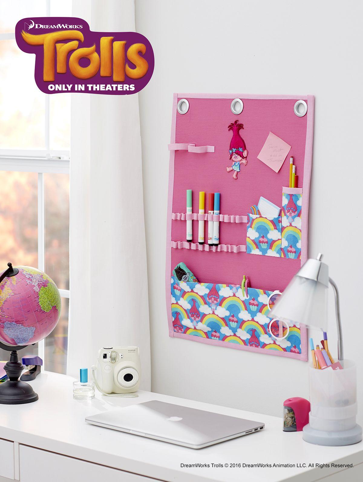 Girls Trolls Bedroom: DreamWorks Trolls Poppy Rainbow Wall Organizer
