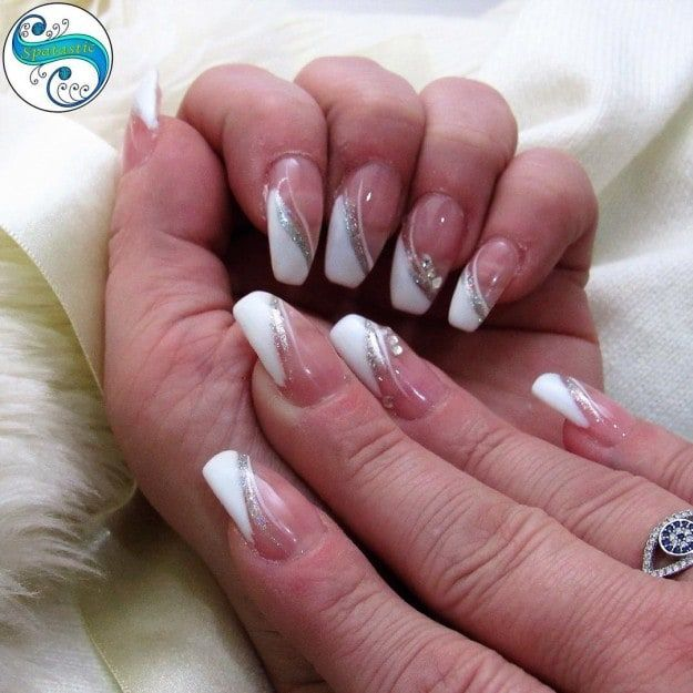 17 Cute French Nail Designs To Celebrate Bastille Day - 17 Cute French Nail Designs To Celebrate Bastille Day French Nails