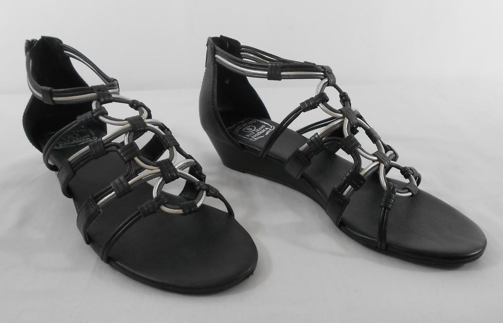 c553632ea746 Womens LUCKY BRAND LK-NARAA Black and Silver Sandals 1
