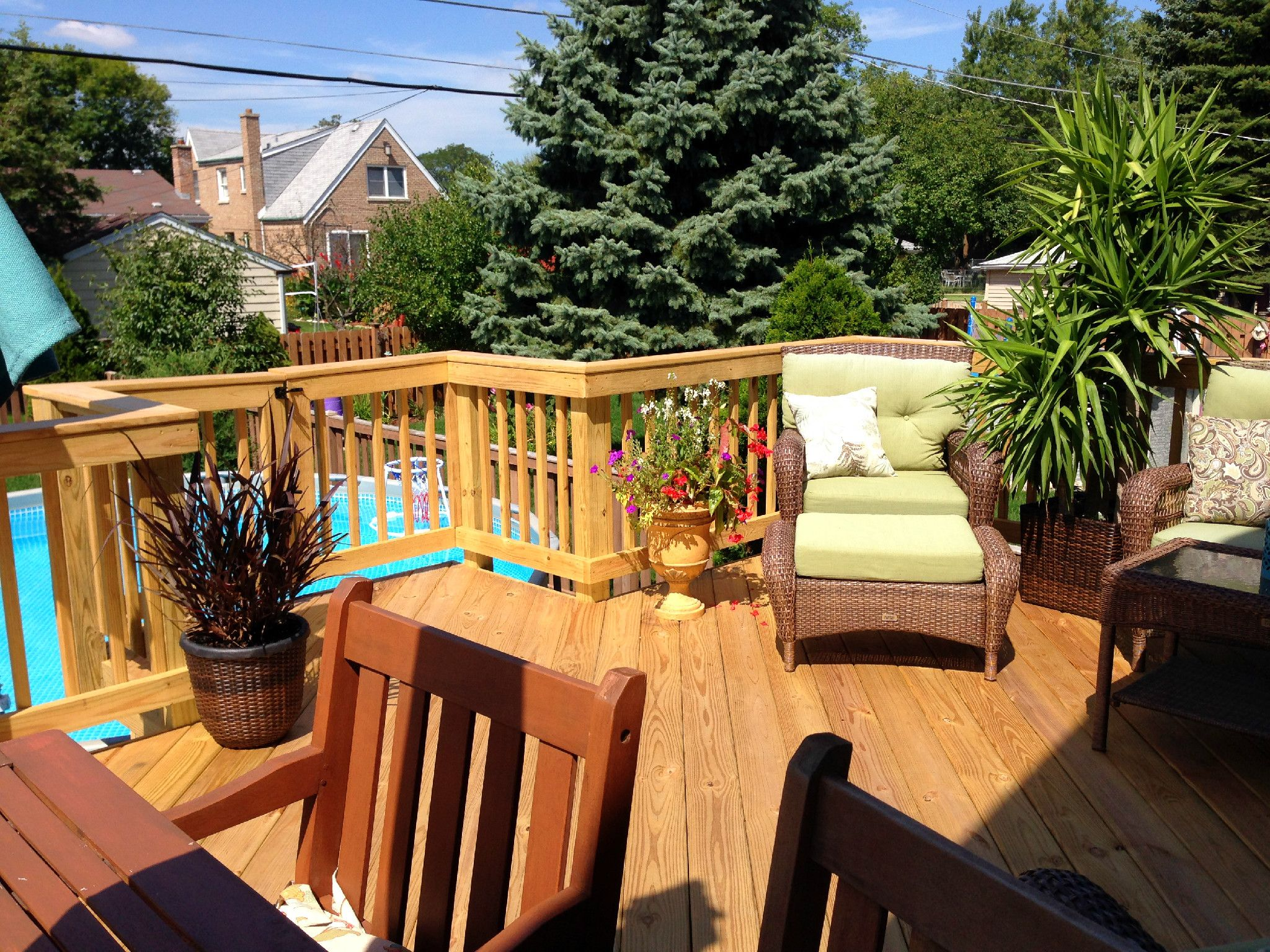 Deck Builder Modell : Elevated pool deck with gate by chicagoland builder