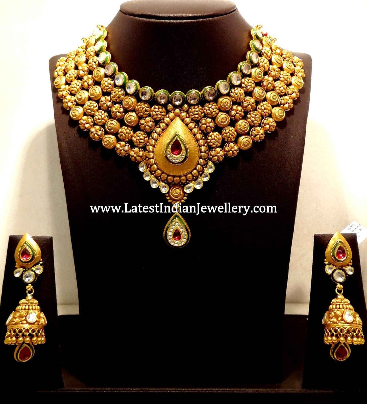 Heavy Antique Jewellery Design   For the love of Jewels ...