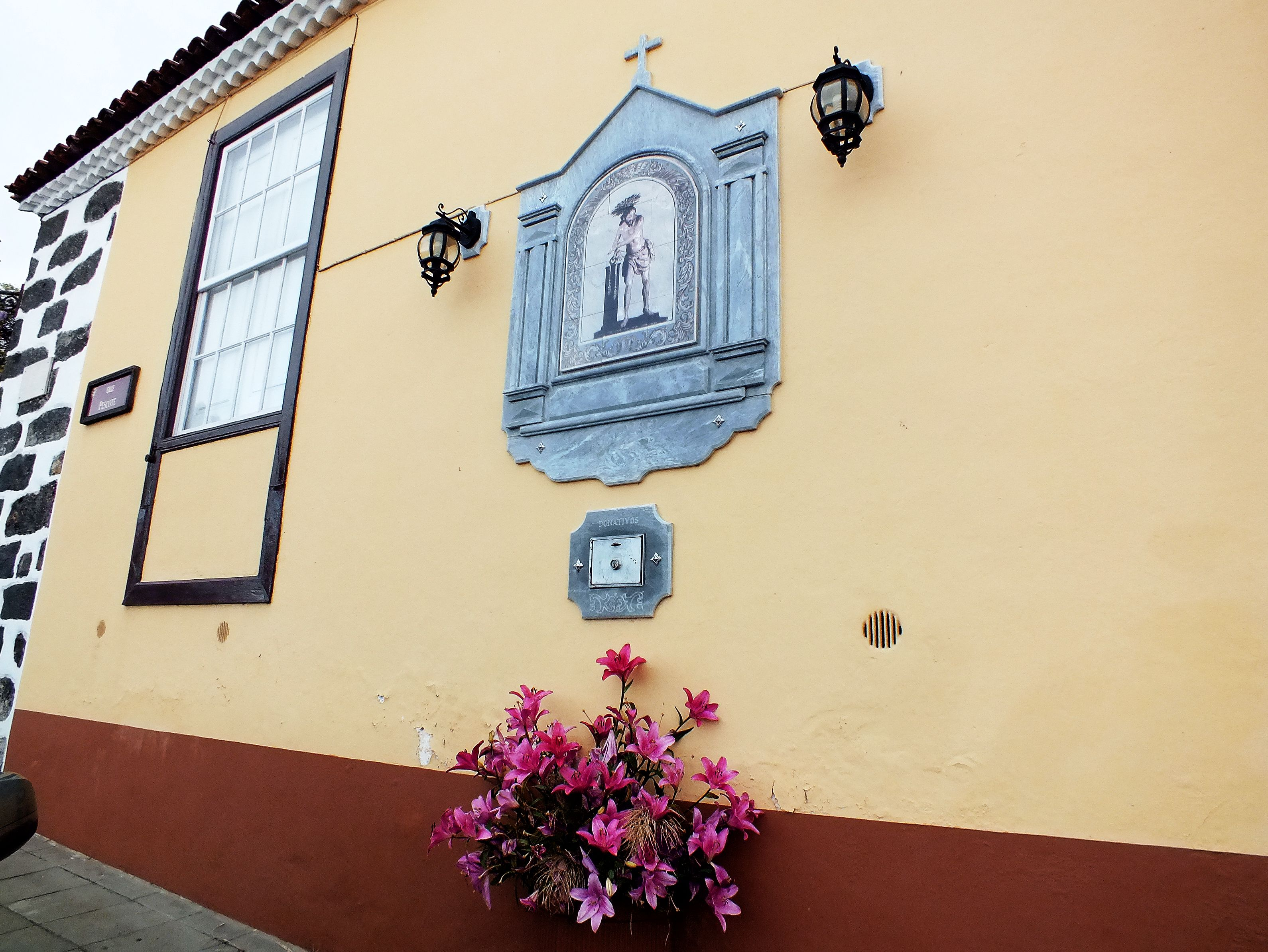 Paso de Viacrucis. La Orotava. Tenerife. Islas Canarias. Spain.  [By Valentín Enrique].