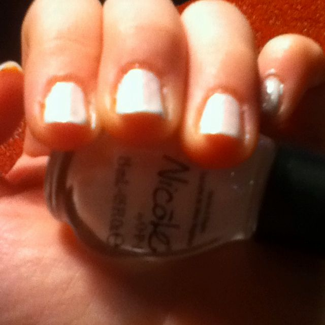 Easy nail paint by Nicole