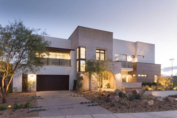 Contemporary transitional home exterior