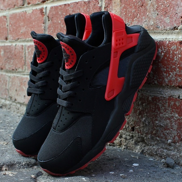 nike huarache mens red and black