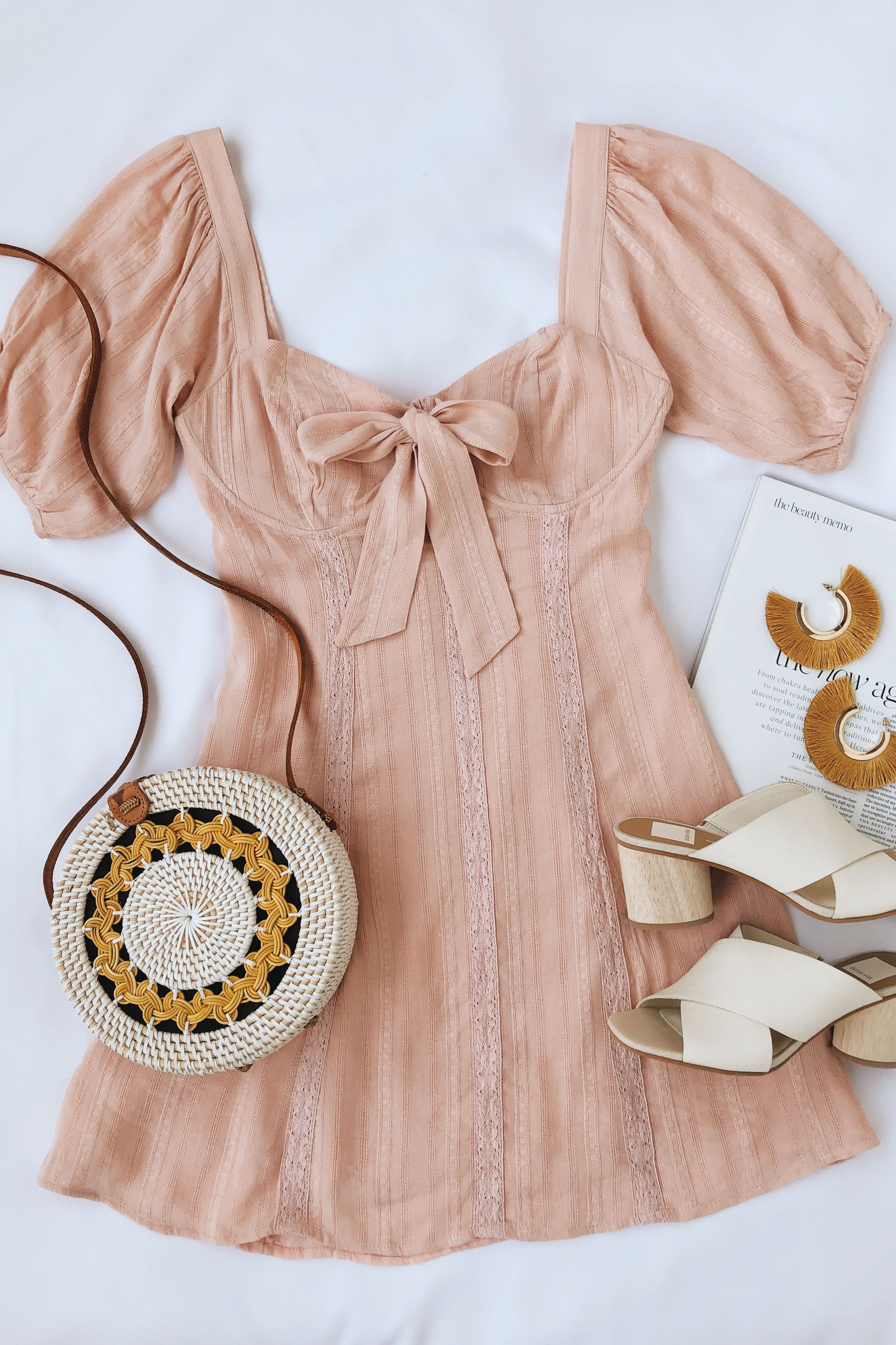 ee260b1c4a2b Cute pink puff sleeve mini dress.  springfashion  springoutfits   minidresses  sundresses