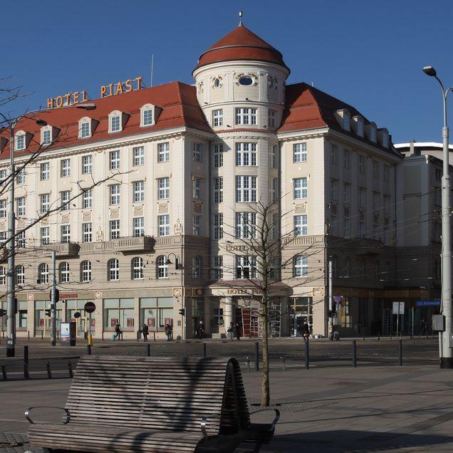 Hotel Piast Wrocław day #silfor #siecsilfor #hotelesilfor #piast #hotelpiast…