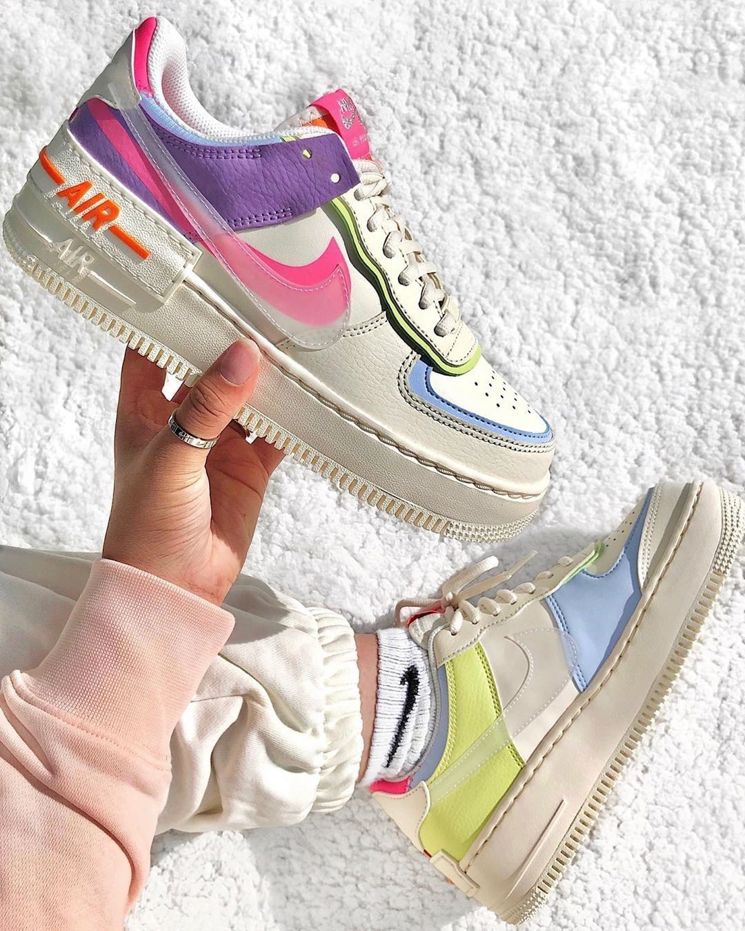 "Wethenew on Instagram ""🌈 ⠀⠀⠀⠀⠀⠀⠀⠀⠀⠀⠀⠀⠀⠀⠀⠀⠀⠀ La Nike Air"