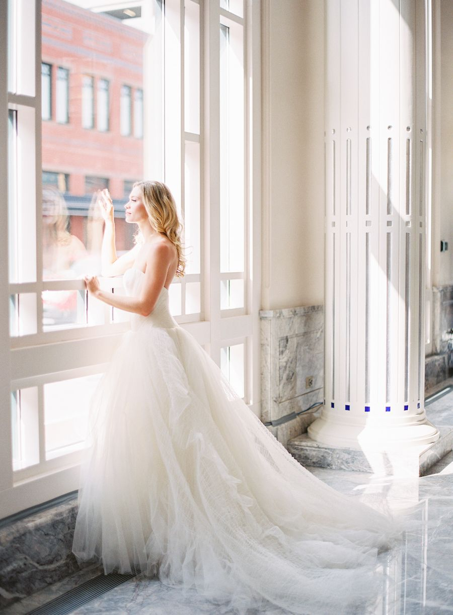 vera wang wedding gown grace kelly inspired wedding at bass hall ...